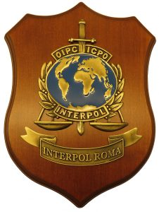 Crest Interpol Roma